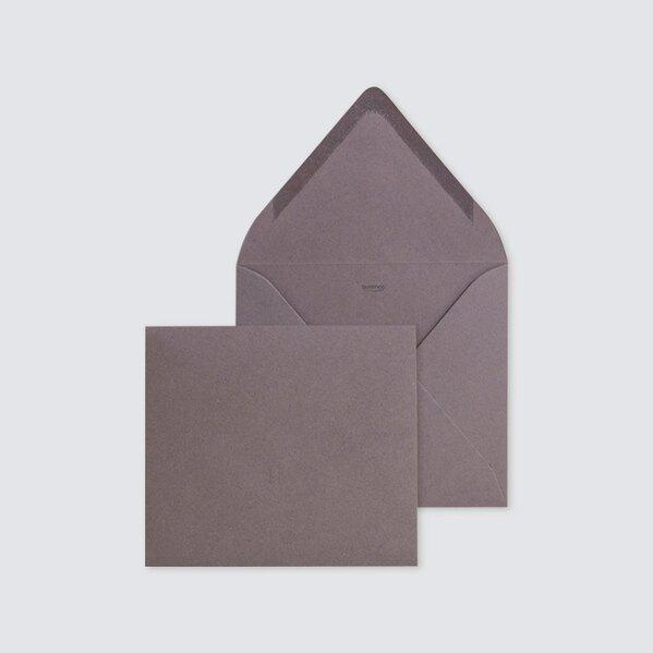 quadratischer-umschlag-14-x-12-5-cm-in-braun-TA09-09906611-07-1