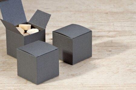 stahlgraue-faltboxen-fuer-gastgeschenke-TA714-006-07-1