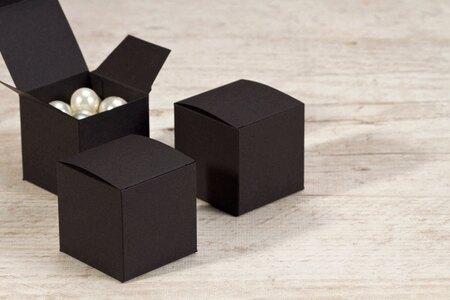 schwarze-faltboxen-fuer-gastgeschenke-TA717-036-07-1